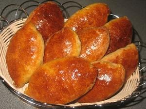 Фото рецепта «Пирожки печеные с рыбой и рисом»